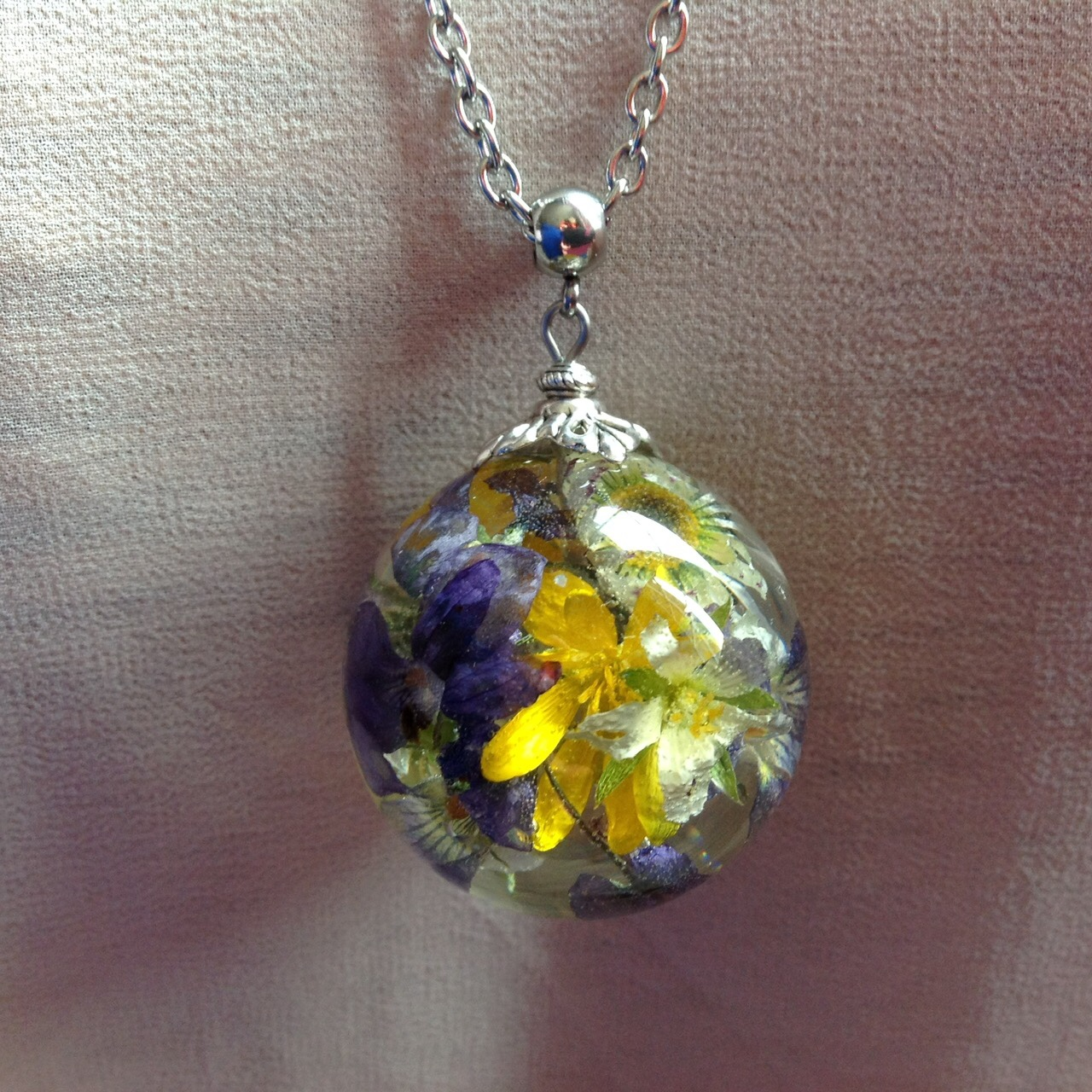 Sautoir fleurs de printemps Beads Of Bliss